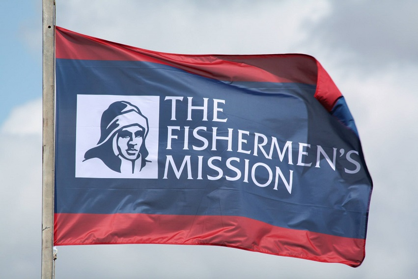 fishermen's-mission-and-vision-express-partner-to-protect-the-eyesight-of-fishermen
