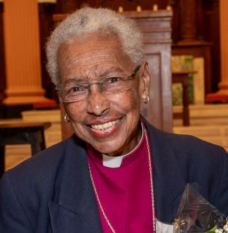 first-female-bishop-in-the-anglican-communion-dies-aged-89